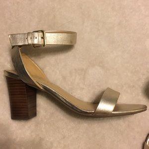 Talbots metallic 8.5M sandals